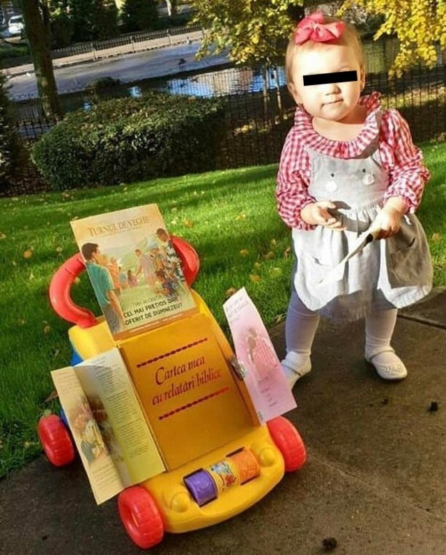 JW Children Training for Cart Witnessing